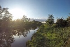 Leeds Liverpool Canal South of Bridge 8A